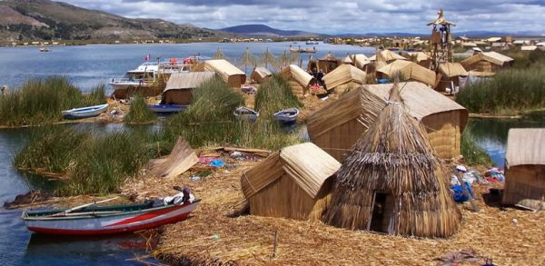 Homestay tour and cultural on the Uros floating island <span>(2D/1N)</span>